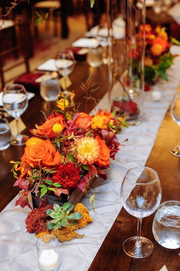 Modern rustic fall wedding for Modern fall table decorations