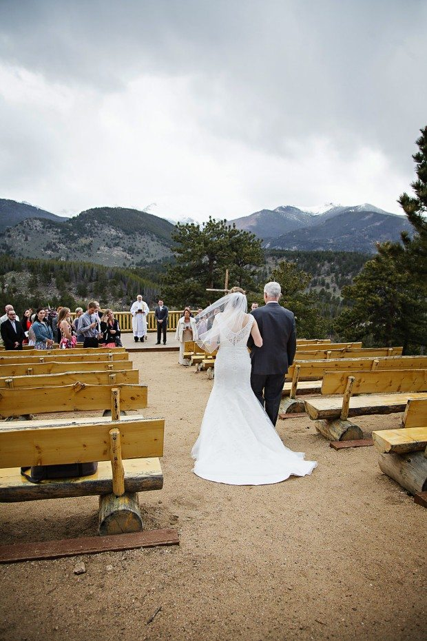 Estes Park day-of wedding coordinator